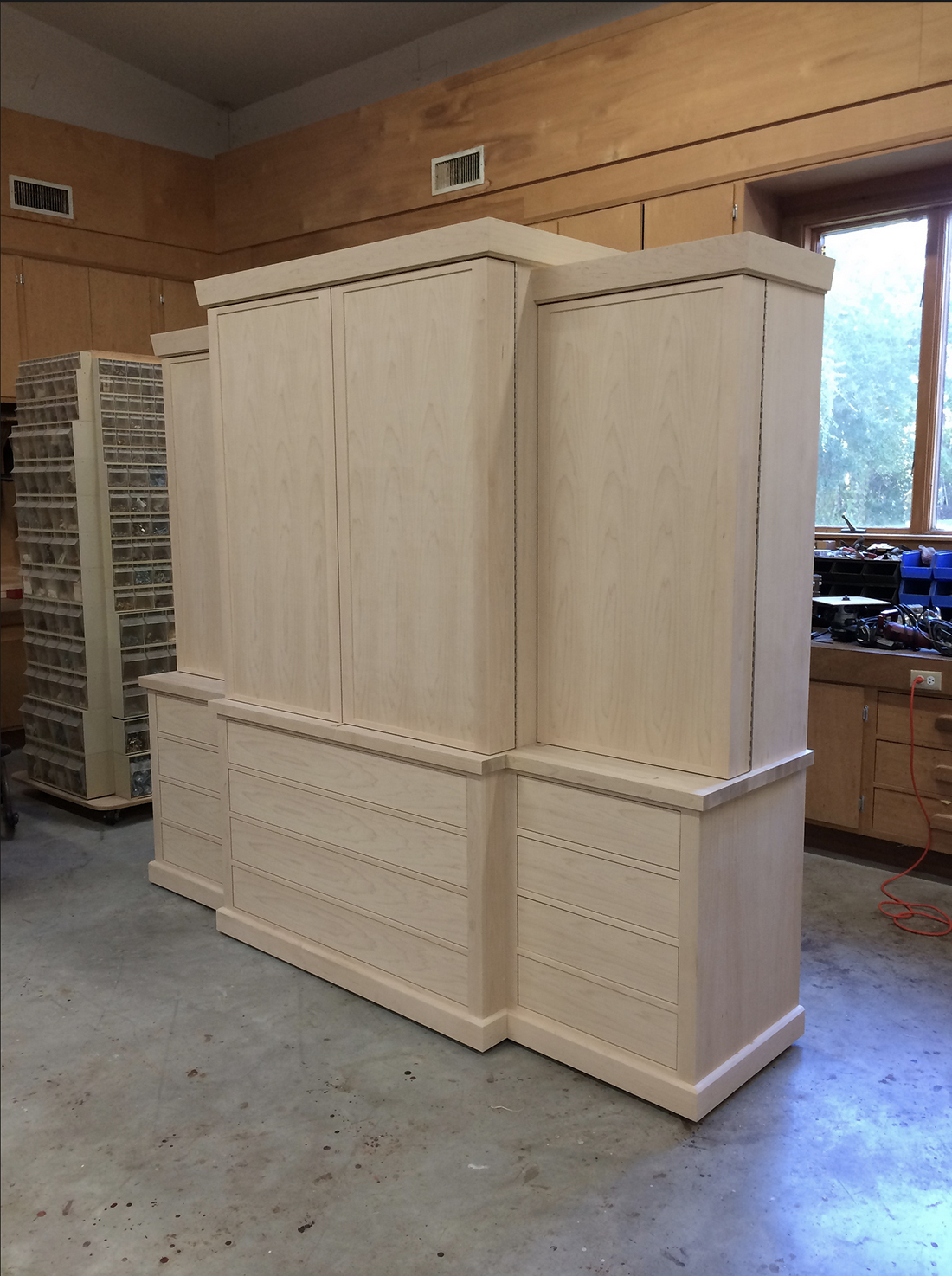 custom-tool-cabinet-4-doors-drawers