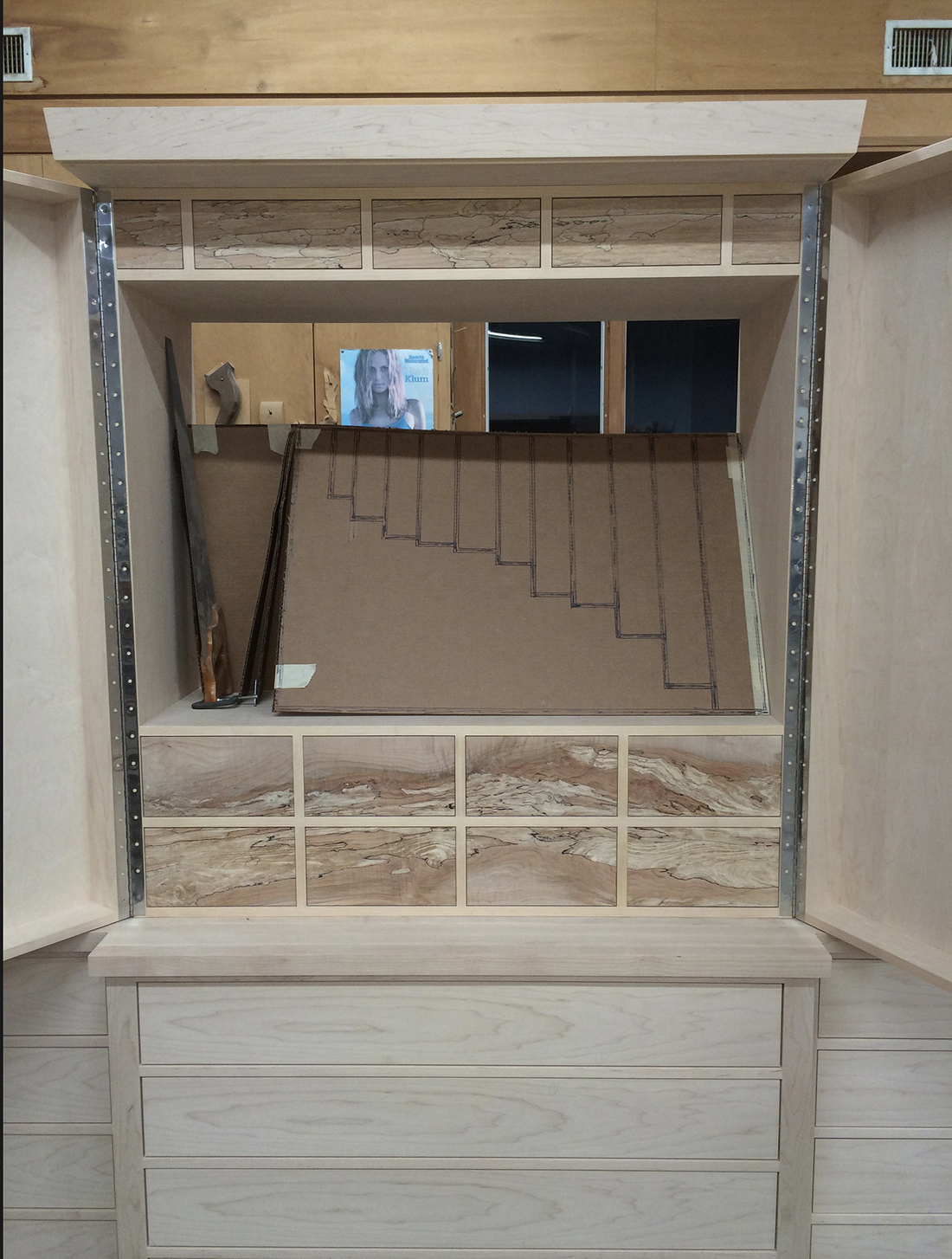 custom-tool-cabinet-inside-layout-1